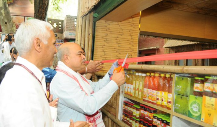 Shri S.K. Pattanayak, Hon'ble Secretary to Government of India, Department of Agriculture, Cooperation & Farmers' Welfare inaugurating the North East Organic Showroom cum Restaurant at Dilli Haat, INA