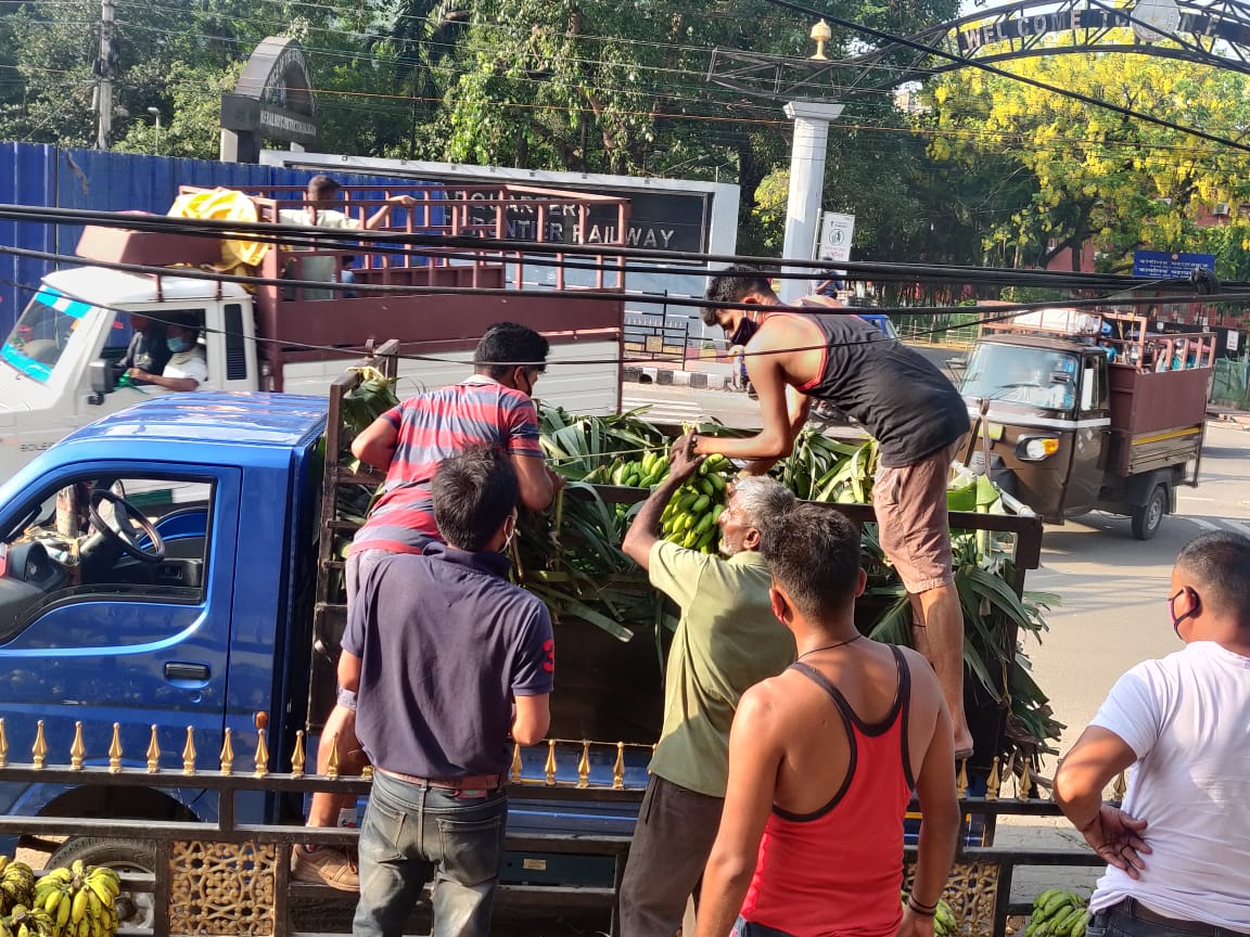 Procurement of Banana from the Farmers of Dudhnoi during Lockdown